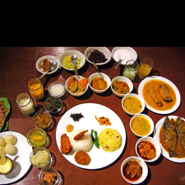 Indian Wedding Food: Typical Indian Bengali Food For The Bride And Groom On