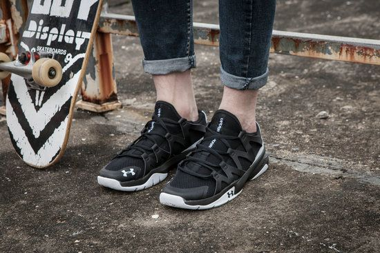79b1854de9cb ... ua cheap under armour charged phenom 2 athletic run shoes 2017 black  white
