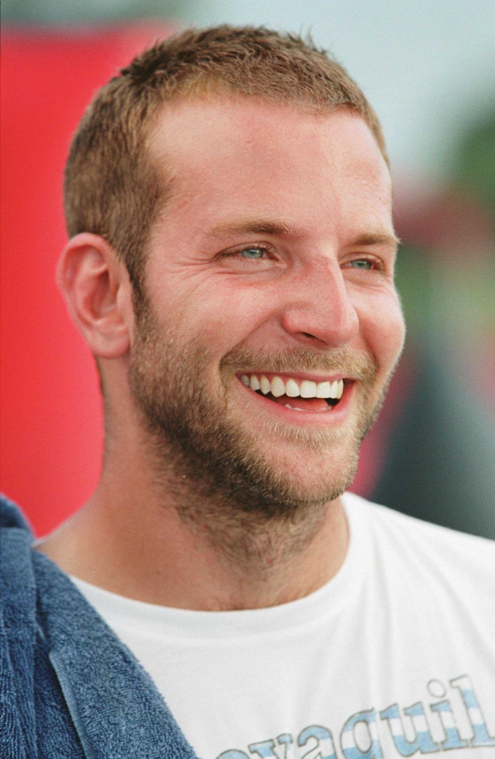 Bradley Cooper Haircuts For Balding Men Balding Mens Hairstyles Mens Haircuts Short