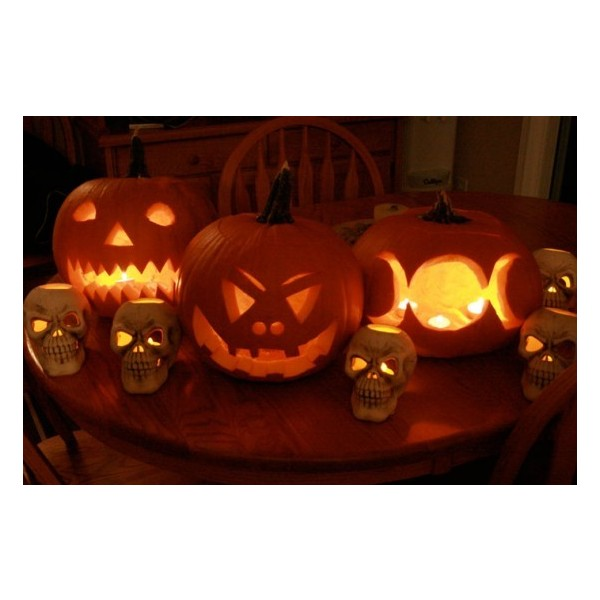 90 Cool Outdoor Halloween Decorating Ideas ❤ liked on Polyvore - halloween pumpkin decorations