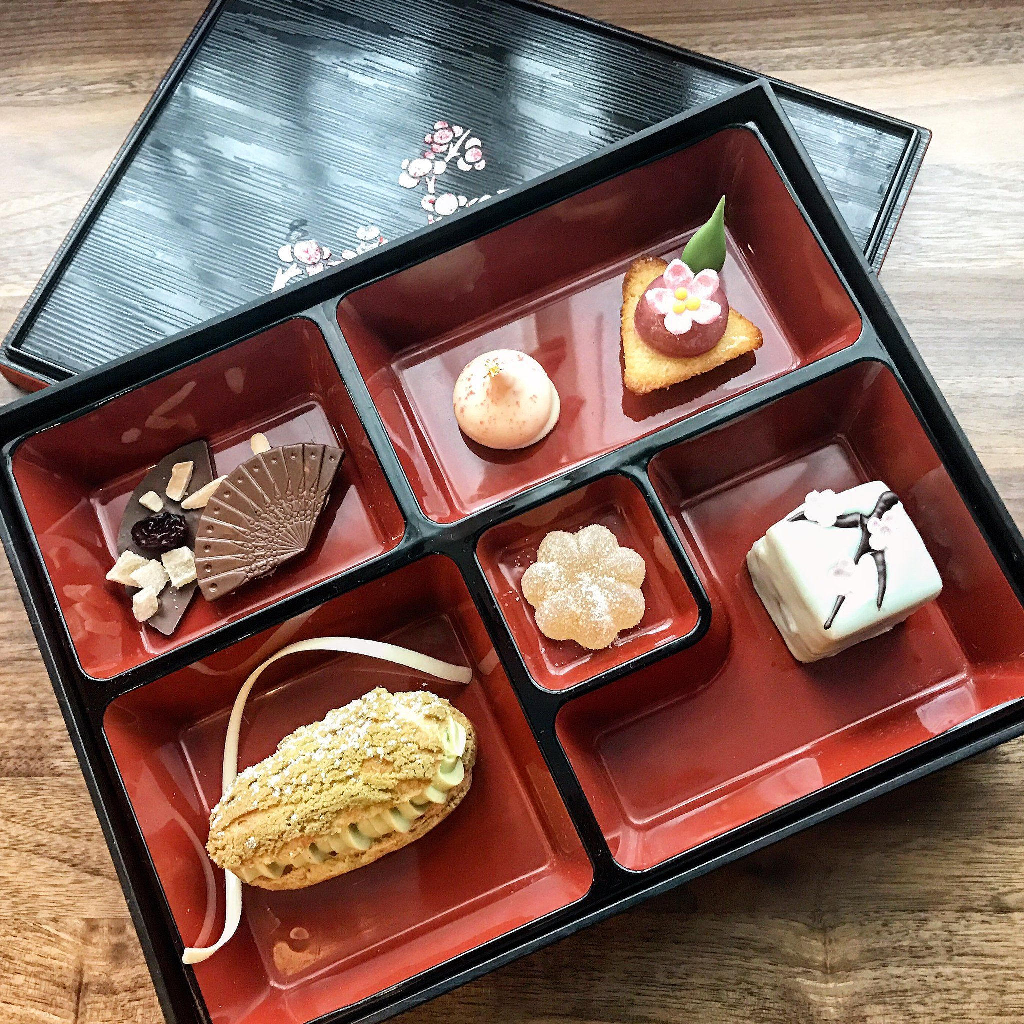 Following Japanese Traditions Chefs At The Ritz Carlton Washington D C Prepare Bento Box Lunches For Guests Viewing The Cherr Ritz Carlton Ritz Luxury Hotel