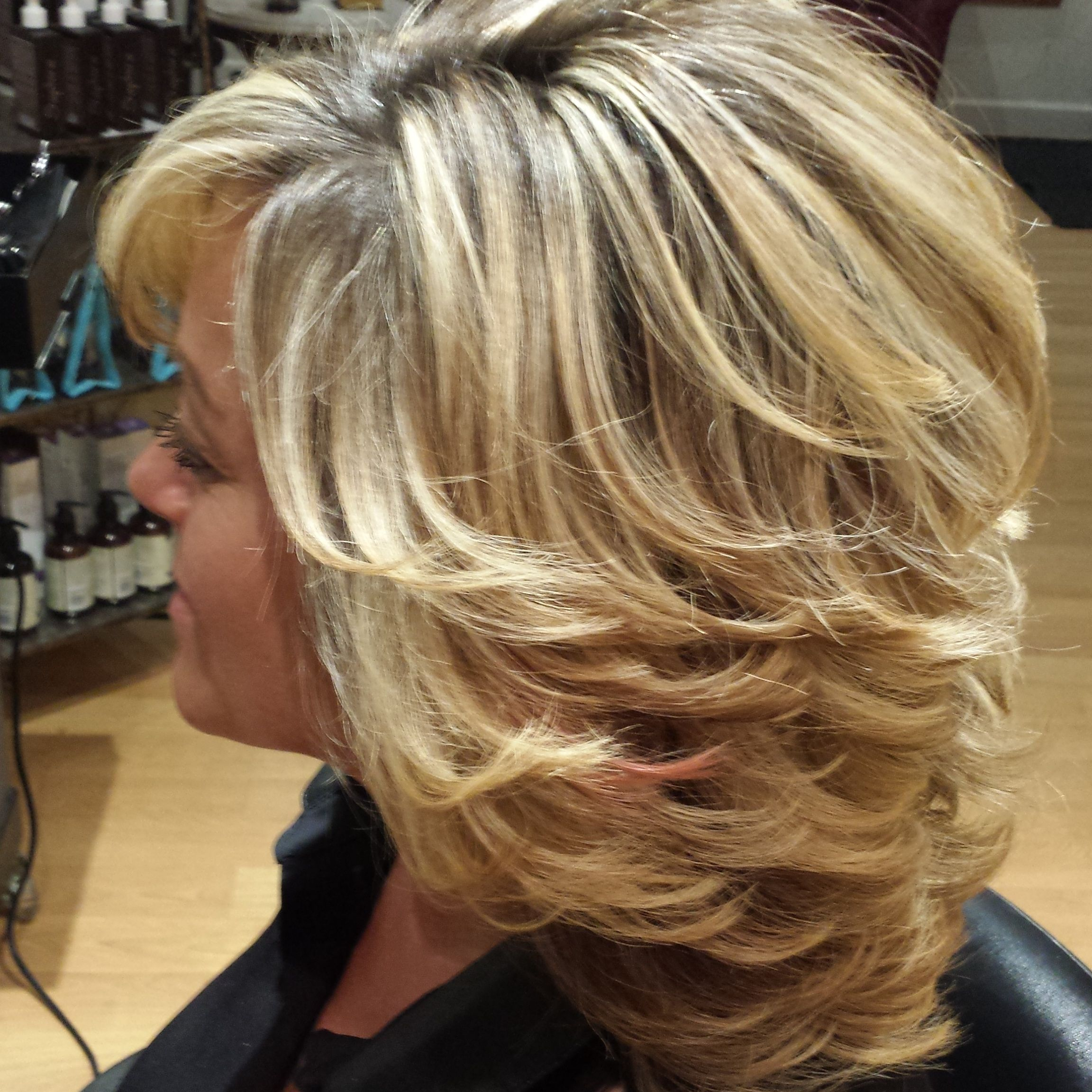 Style De Coiffure Femme Cheveux Mi-long Style And Color By Rolando Cevallos Paris Salon Style