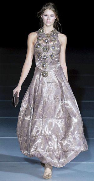 COMPREHENSIVE WEDDING DRESS GUIDE | Giorgio armani, Wedding dress ...