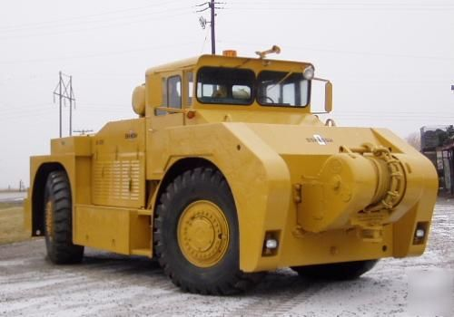 Diesel Operated Tow Tractor : Cat diesel powered oshkosh tow truck cool caterpillars