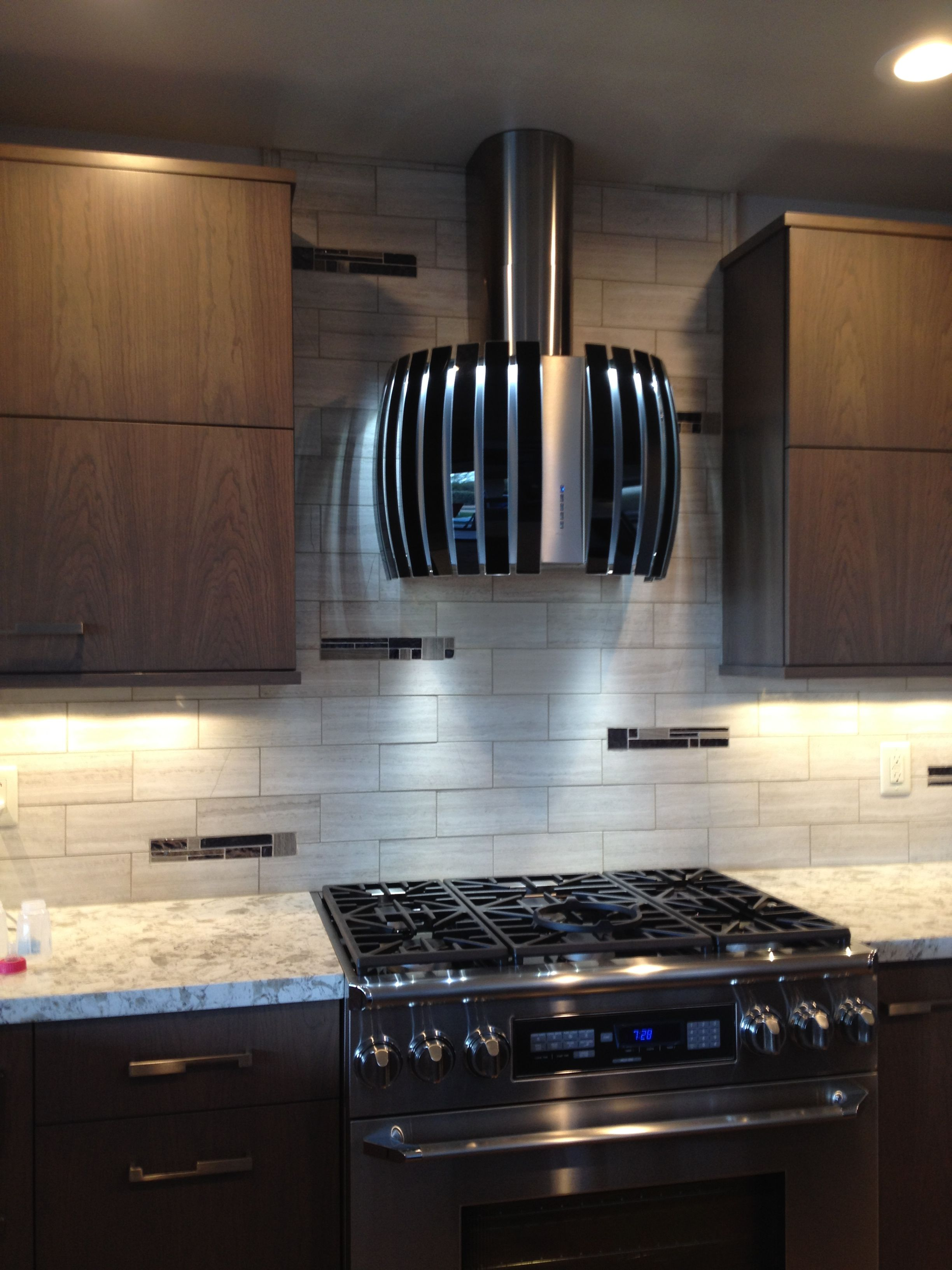 Mosaicmonday Features A Gorgeous Installation By Canyoncabinetry