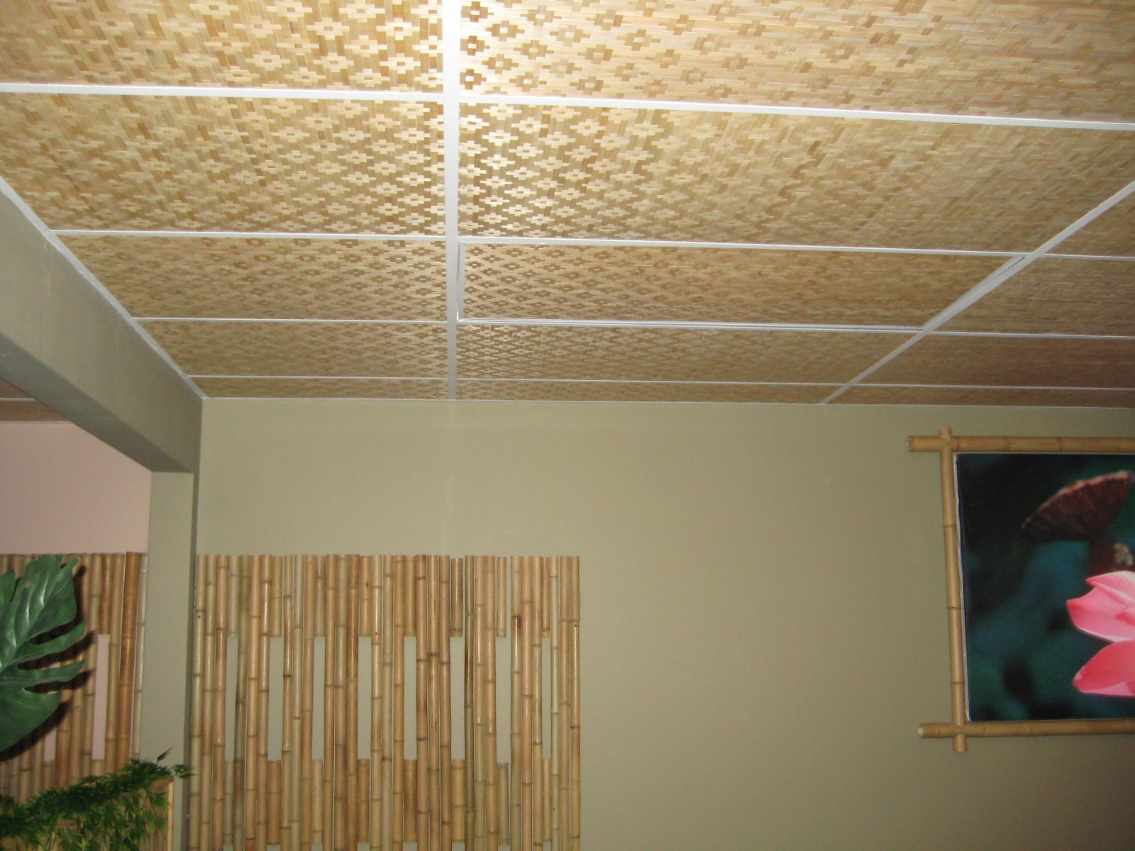 Interesting Bamboo Wall Panels For You: Amazing Bamboo Wall Panels In  Living Room With Grey Colored Wall Which Brown Ceiling With Straw Mate.