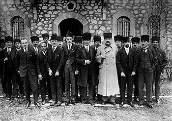 Atatürk'ün Tüylerinizi Diken Diken Edecek ve Gururla Okuyacağınız 16 Az Bilinen Anısı #presidents