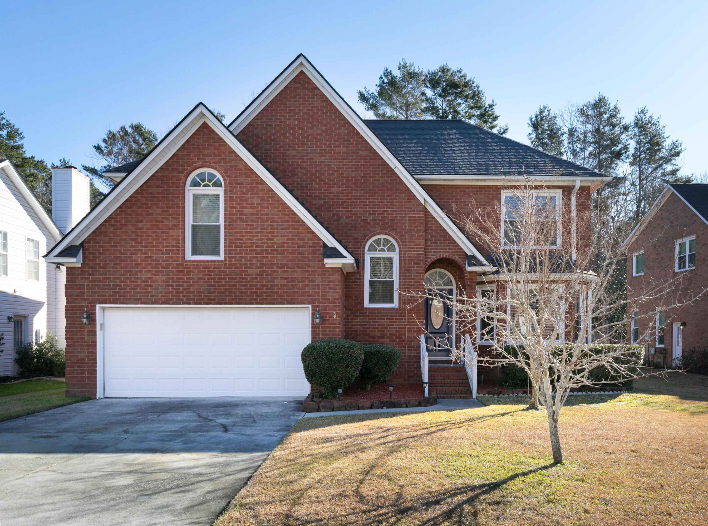 This home in the Hamlets has it all Location, Brick, 3000
