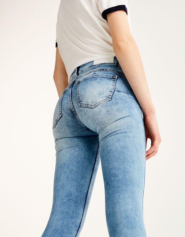 uk availability e34cb d3ed0 Pull&Bear - woman - clothing - jeans - push-up skinny jeans ...