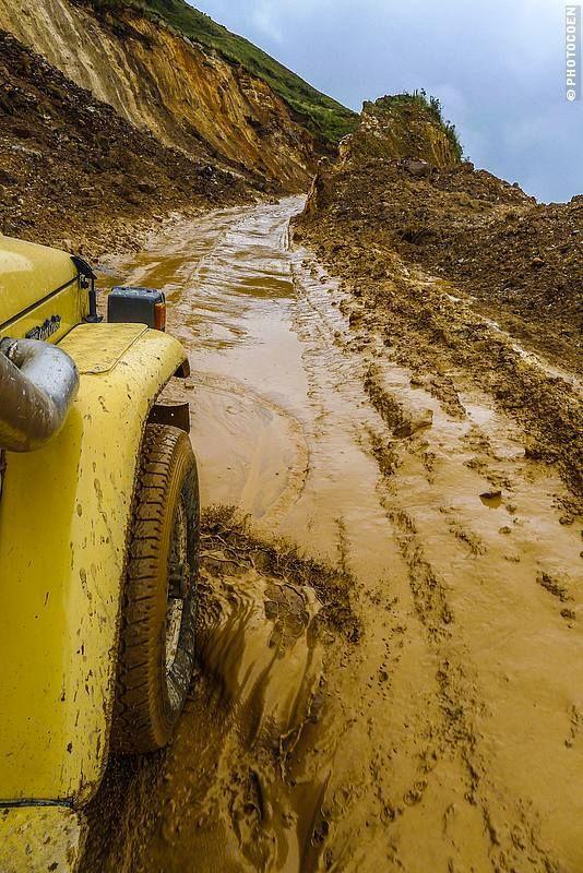 Road Travel in Peru, Part 2 –Paracas, Lima, Cordillera Blanca, Huanchaco, Cajamarca - Landcruising Adventure - Roughing it in north Peru (©photocoen)