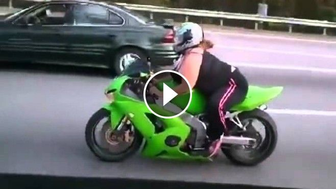 This+Crazy+Bike+Girl+Overtakes+Every+Vehicle+In+Front+Of+Her!+-+This+girl+takes+your+breath+away+with+her+ability+to+drive+on+the+highway+like+a+professional!+Check