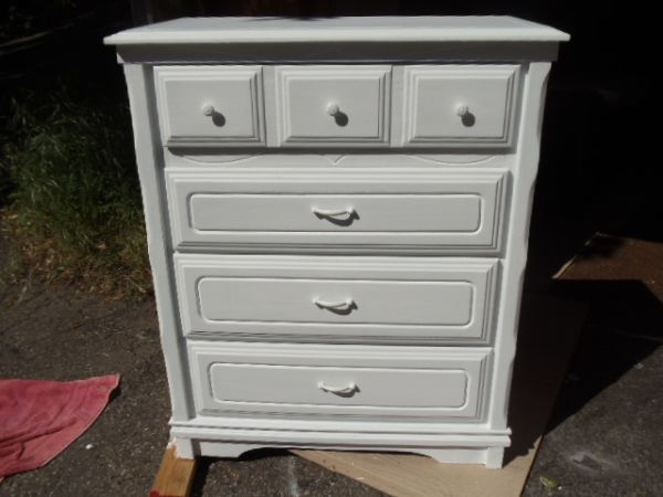 "$180 (Scotts Valley)  Drawers work smooth  Measures 33 1/2"" x 17 3/4"" x 40 3/4"" tall"