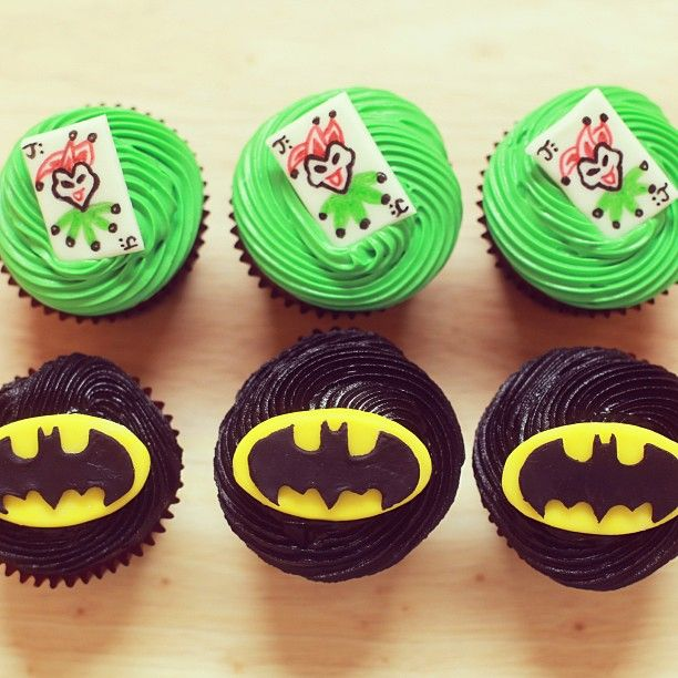 Here Are The Batman Cupcakes We Made On Nerdy Nummies