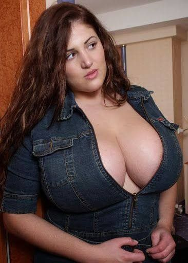 Bbw mommy with huge tits needs to get off 9