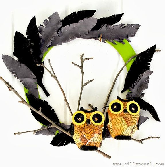 Creepy Owl and Feather Wreath - The Silly Pearl