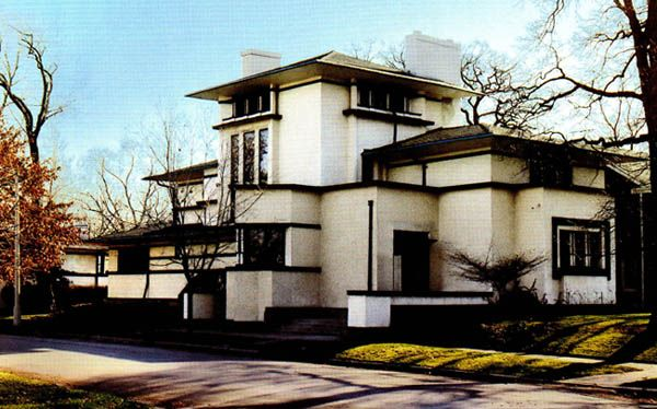 Frank Lloyd Wright Prairie Style fricke house. frank lloyd wright. 1901. oak park, illinois