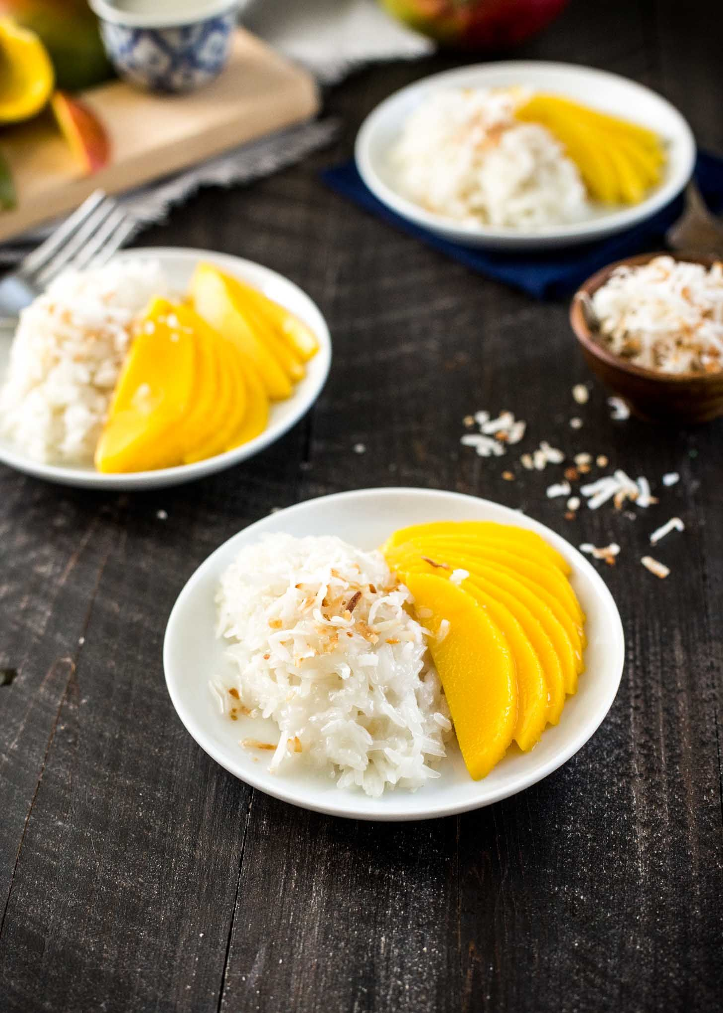 Mango Sticky Rice | Recipe | Mango sticky rice, Vegetarian ...