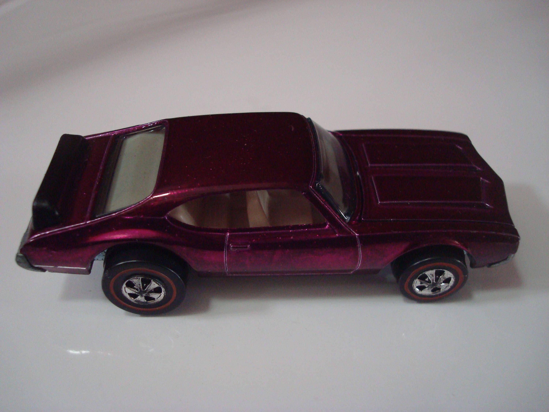 Vintage Rare All Original Hot Wheels Spectraflame Magenta