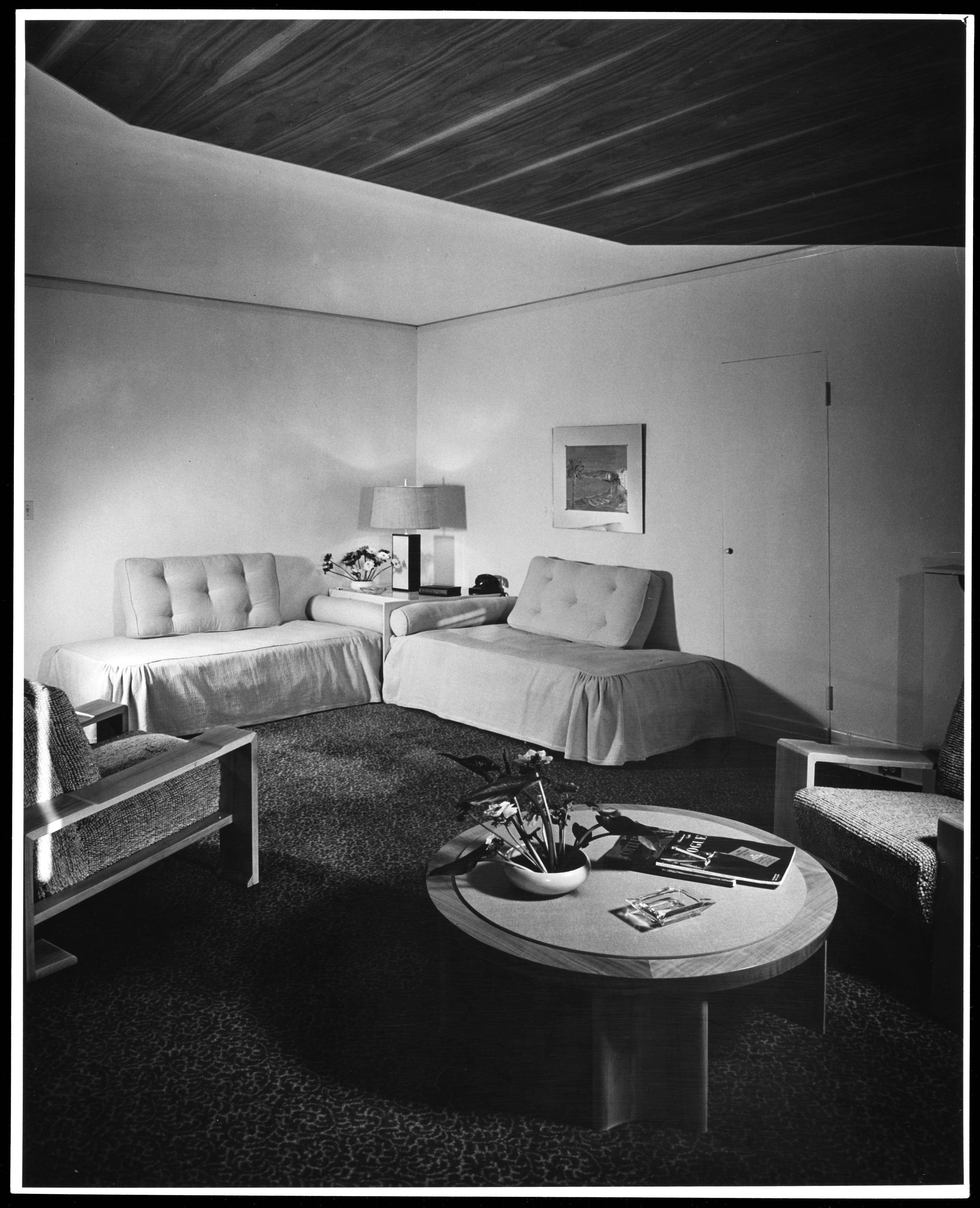 Beverly Hills Hotel Calif. ; Interior