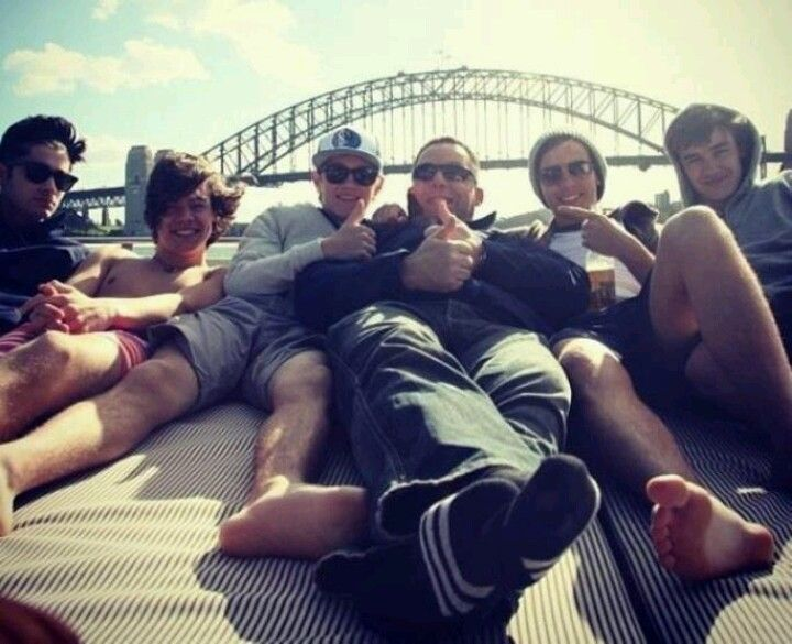 The boys in Australia! Oh my god I just had a heart attack... OW!