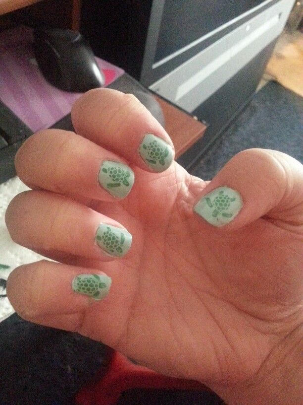 Sea turtles nail art | Nail Art | Pinterest | Turtle nail art ...