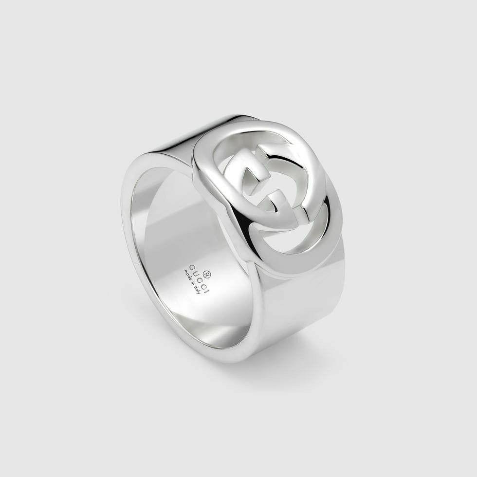 b8598ec70 Gucci ring Wide band with interlocking G motif | Style | Gucci ...