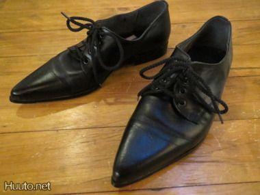Teräväkärkiset kengät eli spittarit  50-luvulla