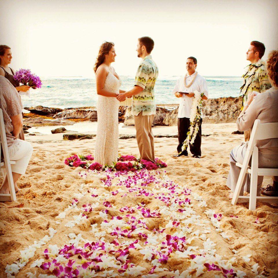 Waikiki Beach Wedding Ceremony: Hawaii Beach Wedding, Oahu