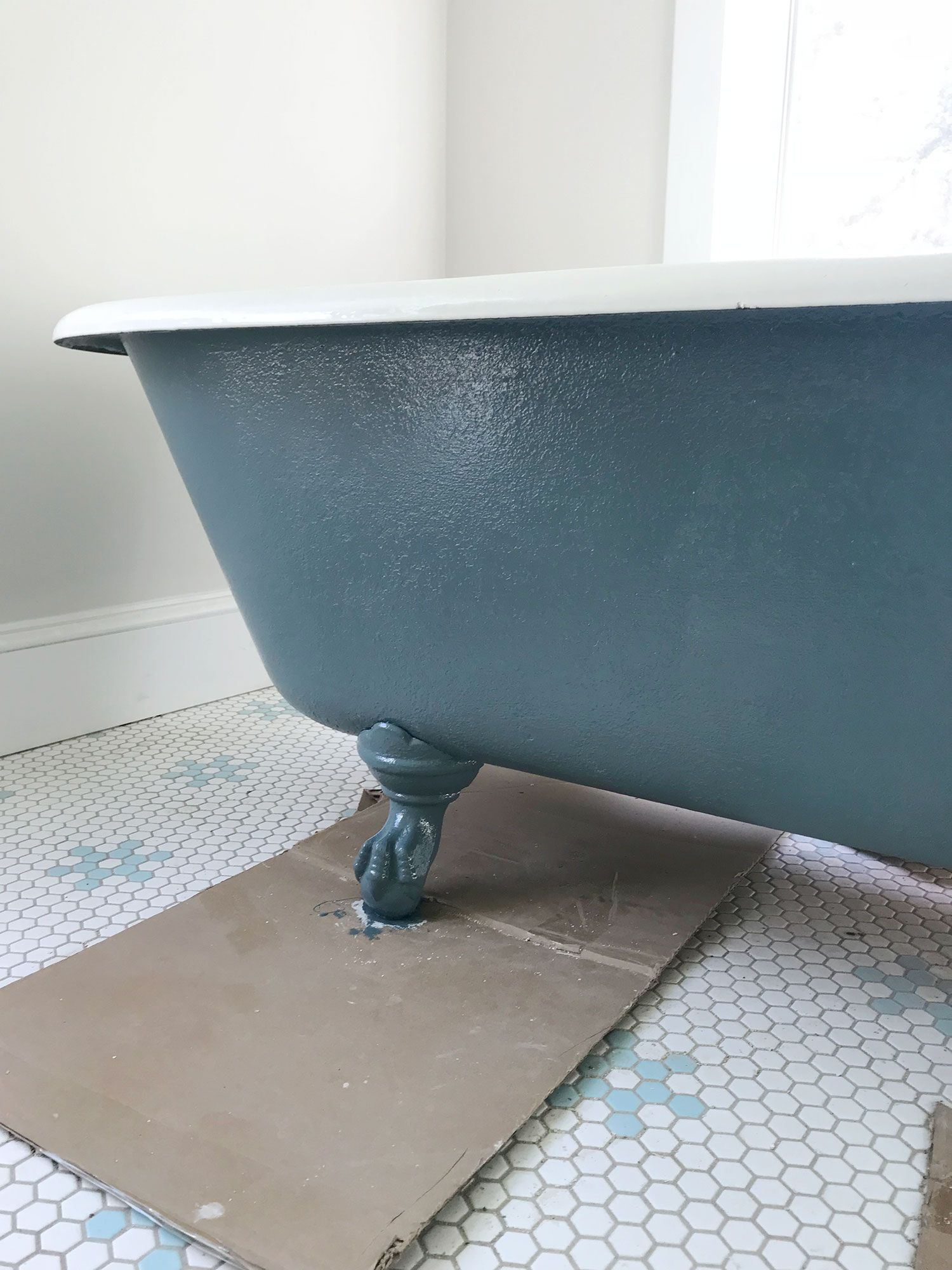 How To Refinish A Nasty, Old Clawfoot Tub | Tubs, Bath and Romantic ...
