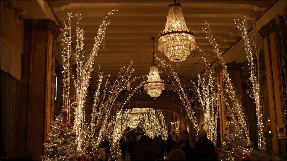 40 Amazing Indoor Christmas Decor Ideas 29 - 40 Amazing Indoor Christmas Decor Ideas 2018 Living Room Ideas