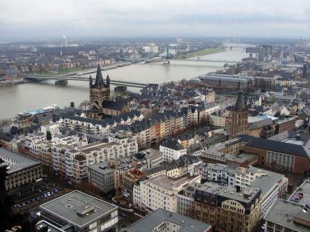 Köln: Innenstadt bekommt kostenloses WLAN - http://k.ht/3qH