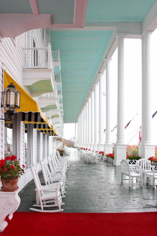 A Walk Through Mackinac Island's Grand Hotel