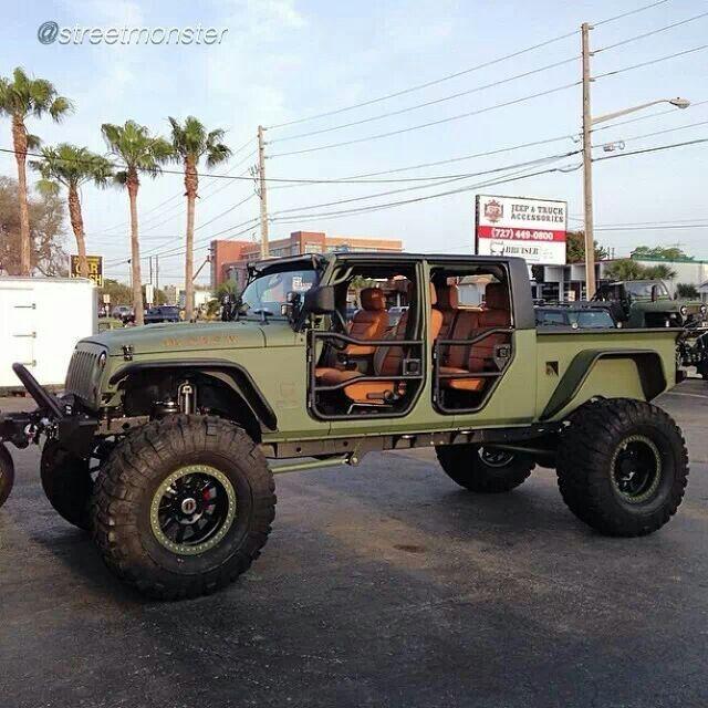 Military Style 4 Door Jeep