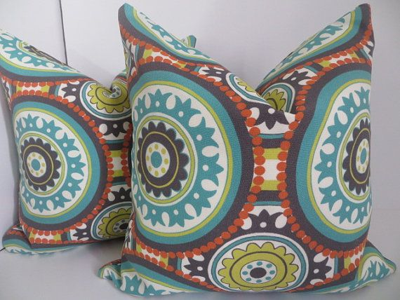 16x16 Outdoor Pillow Orange Pillow Suzani Pillow por ClavelFashion, $17.00