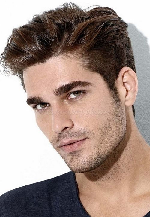 c76f93c702 hátra fésült férfi frizurák, férfi frizurák 2015 - hátra fésült férfi  frizura