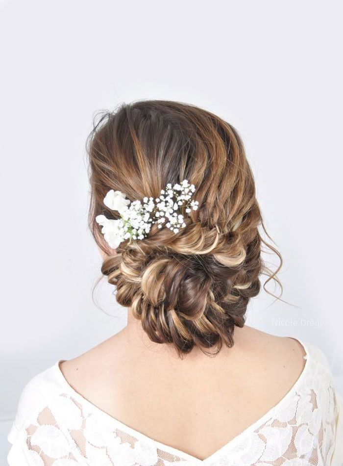 Fishtail bridal updo hairstyle ideas, fishtail chignon wedding hairstyle #weddinghair #hairstyleideas