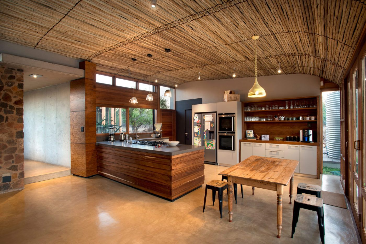 The Owner's Brief Specified An Earthy African House That's Classy South African Kitchen Designs Inspiration Design