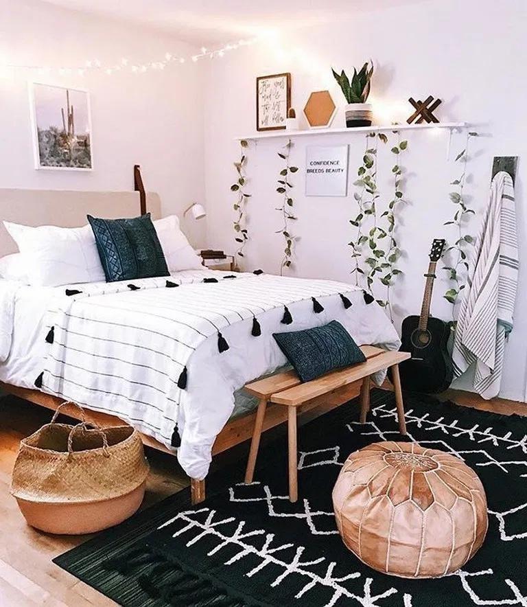 22 Black And White Boho Bedroom Decor Ideas 1 Tumblr Bedroom