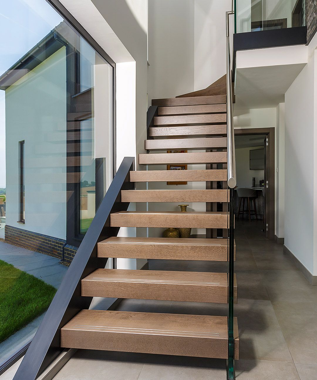 7 Ultra Modern Staircases: Modern Contemporary House. Modern House Architecture