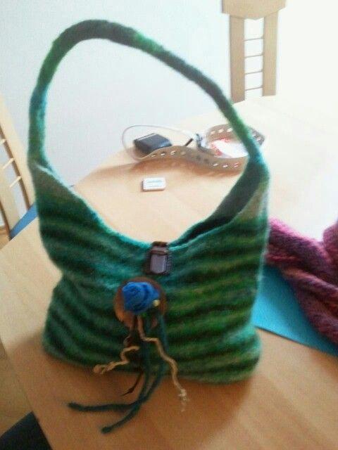 Filztasche | Wollarbeiten: stricken und häkeln, etc | Pinterest ...