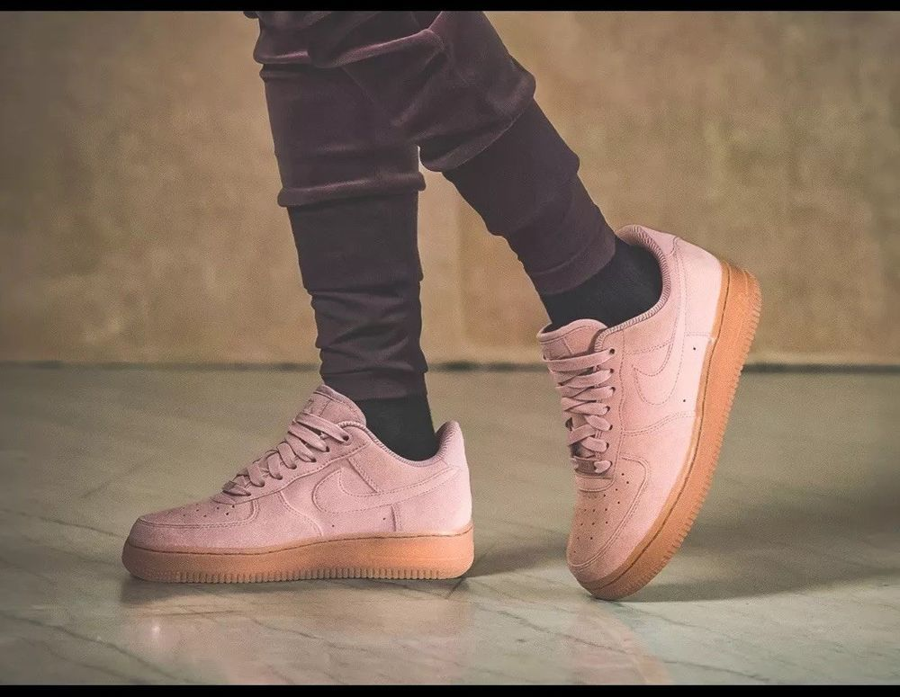b2050103d24b NIKE AIR FORCE 1  07 LV8 SUEDE MEN S CASUAL SHOES PARTICLE PINK AA1117 600
