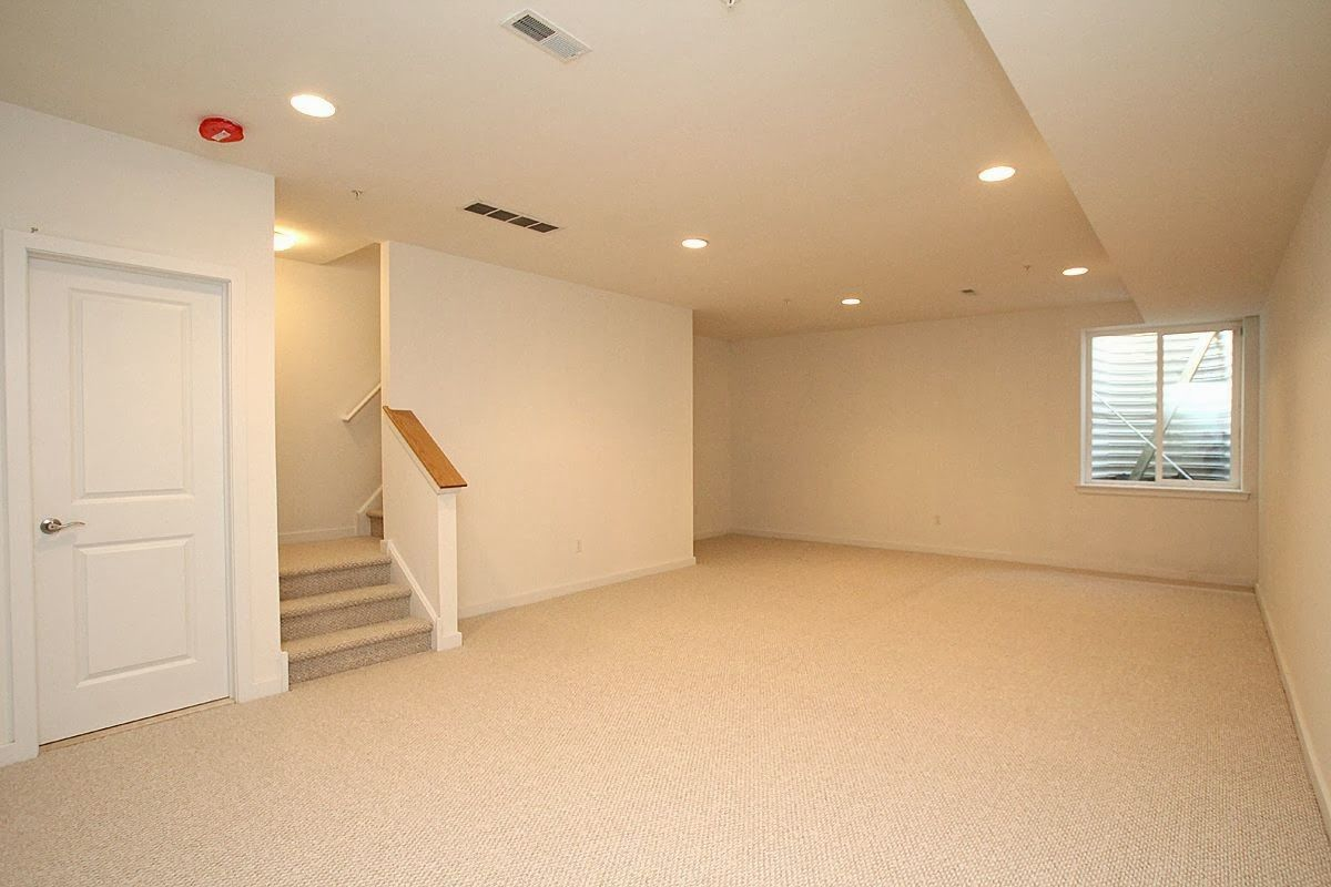 White Walls With Beige Carpet