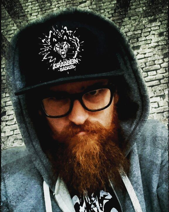 GRAABEIN BADASS    Check out @graabein_beard for all your beardgrooming needs  Badass products for Badass People  #graabeinskjegg #graabeinfeature #beardoil #beardcare #beardgrooming #skjeggolje #beard #skjegg #skjeggmenn #beardandglasses #pogonophile #skæg #skagg #beardbalm by copperviking