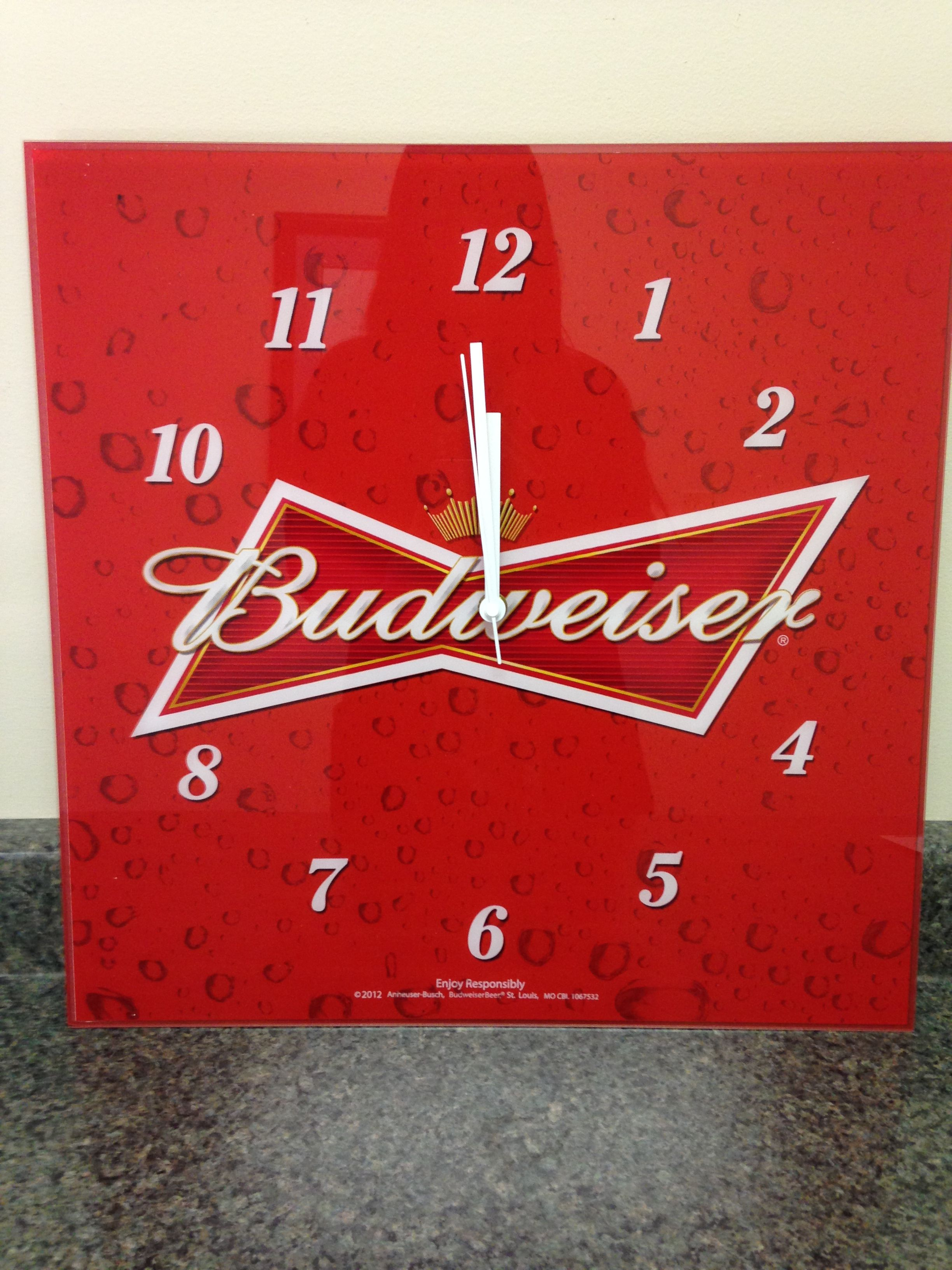 Bid on this Budweiser clock, plug in and add lots of excitement to any fun, sports watching area in your house.