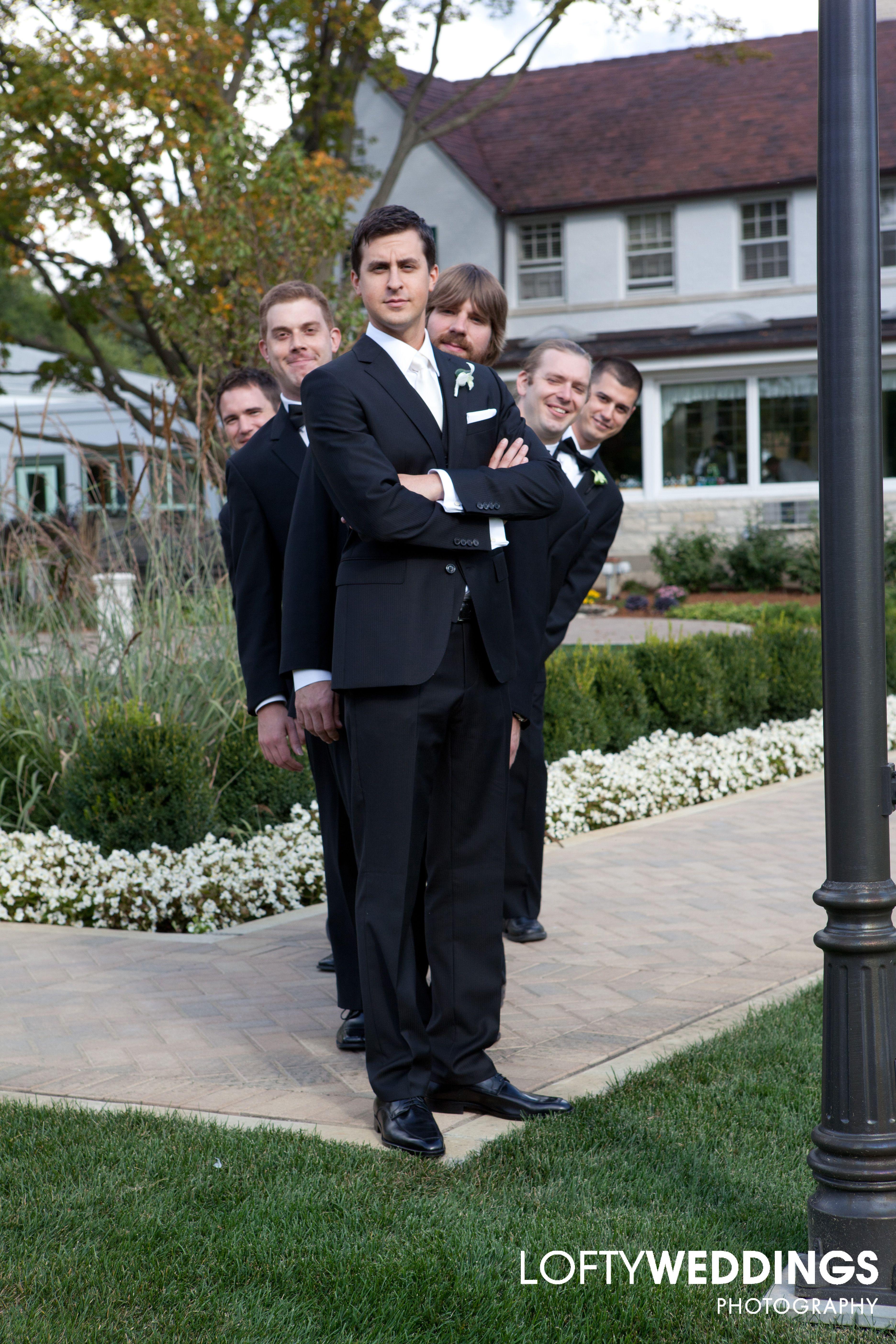 groomsmen posing groom groomsmen pinterest groomsmen poses