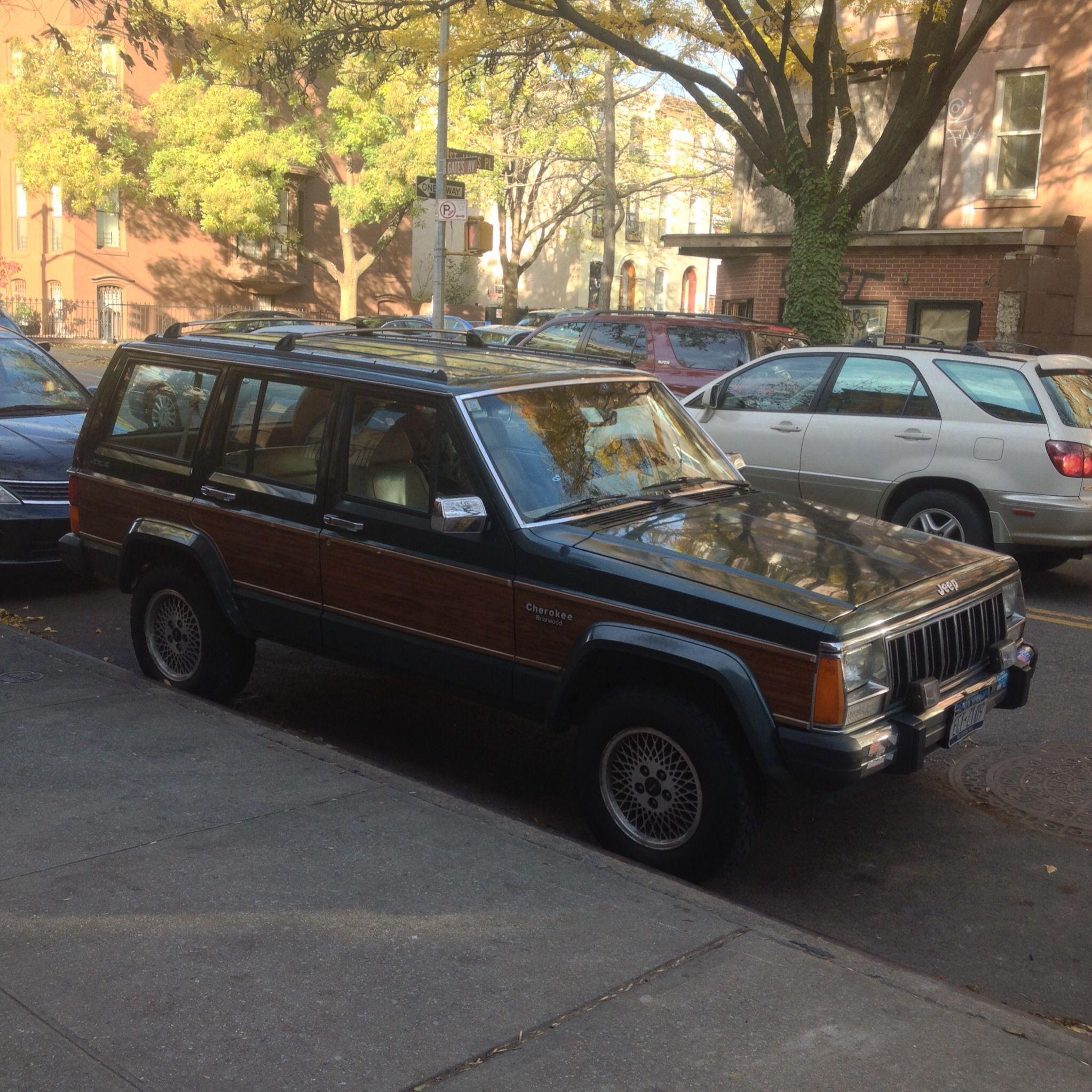 Jeep Cherokee With Wood Side Panels Jeep Cherokee Cool Cars Panel Siding