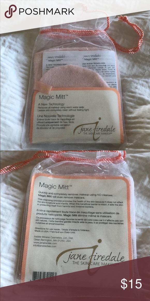 Jane Iredale Magic Mitt makeup remover NWT Magic mitt