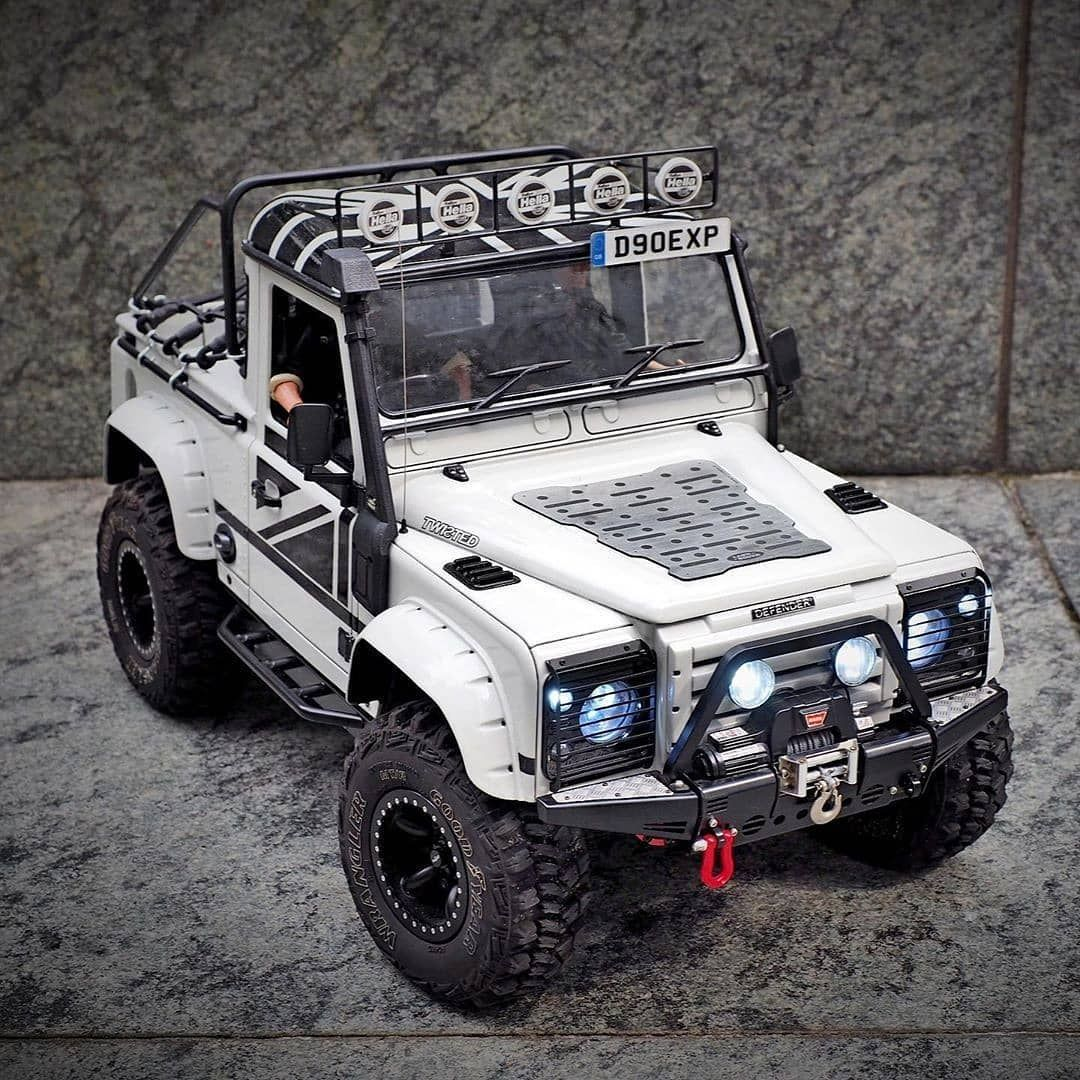 1 843 Likes 9 Comments Landroverphotoalbum On Instagram Modified 1 10 Rc4wd Land Rover Defender D90 Pickup By Tims Hobby P Mobil Keren Mobil Kendaraan