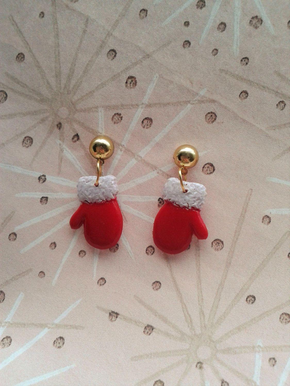 Christmas Earrings,1940's Inspired Mittens Earrings