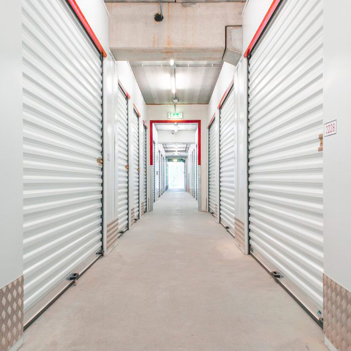 10 Things You Should Never Keep In A Storage Unit With Images Storage Unit Storage Unit Organization Company Storage